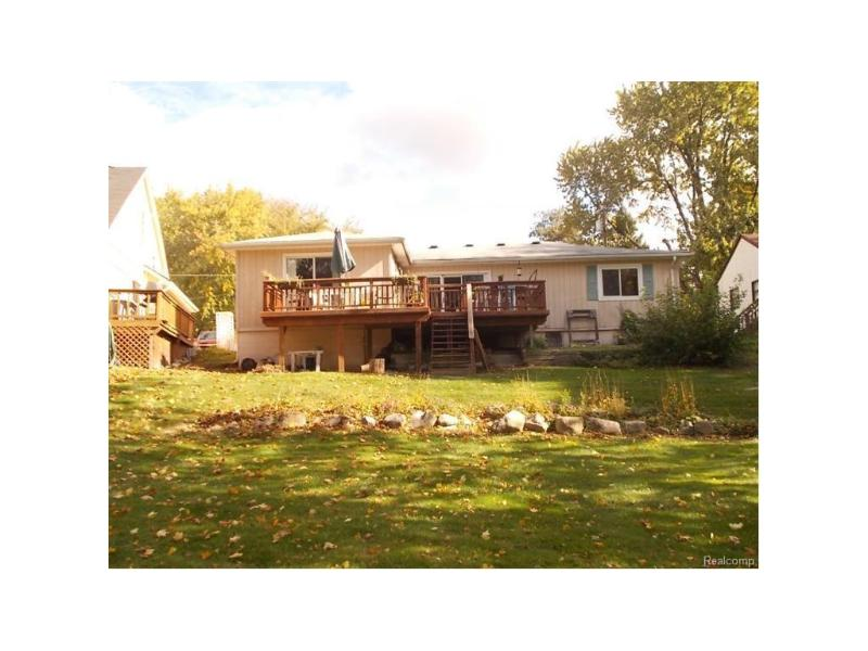 9567  Susin Ln,  Clarkston, MI 48348 by American Associates Inc. $187,900