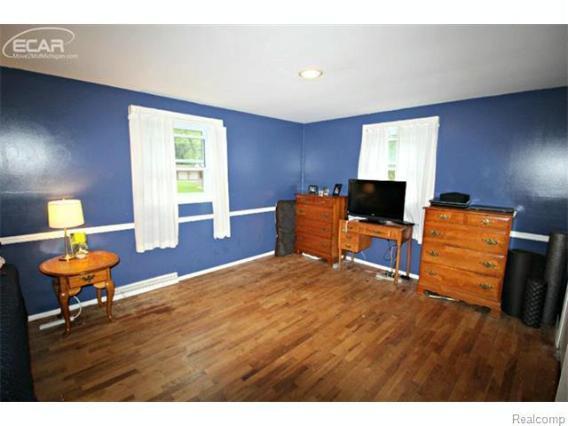 5095  Chickasaw Trl,  Flushing, MI 48433 by Lucy Ham Group Inc $1,250