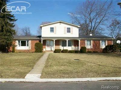 6160  Stonegate Pkwy,  Flint, MI 48532 by Inca Realty Llc $1,300