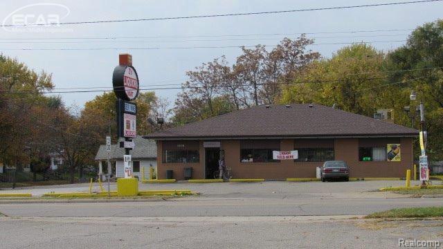 3007 N Franklin Ave,  Flint, MI 48506 by Andrea J. Borrow $590,000