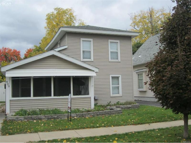 409 E Williams St,  Owosso, MI 48867 by Burrell Real Estate $49,900