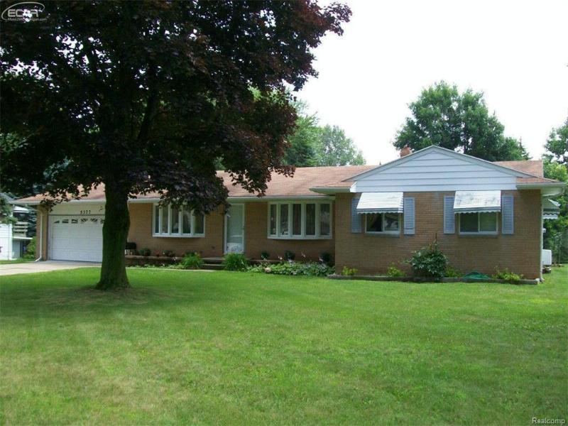 5377  Oaktree Dr,  Flint, MI 48532 by American Associates Inc. $109,000