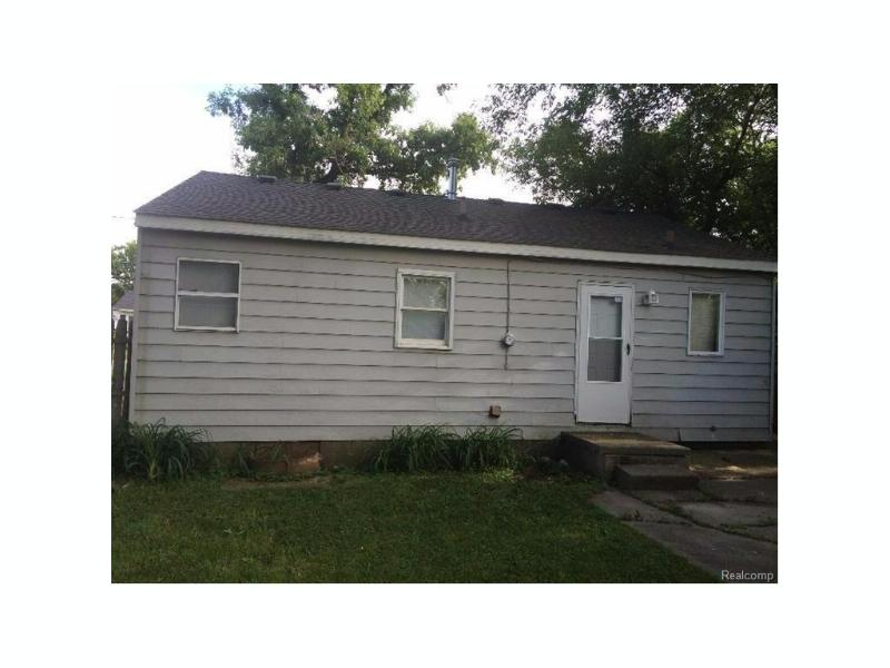 3111  Maryland Ave,  Flint, MI 48506 by Remax Real Estate Team $12,500