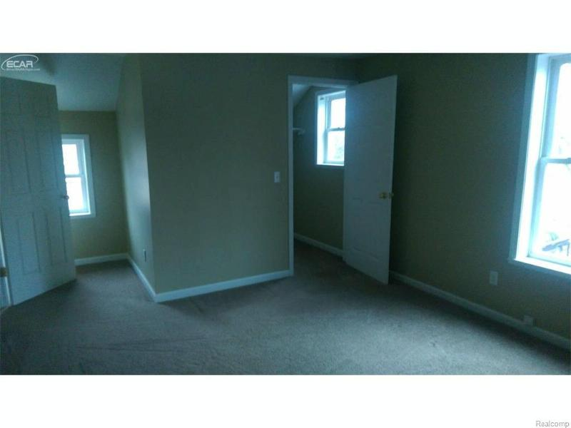 1108 S Grand Traverse Street Flint, MI 48503 by Remax Town & Country $22,900