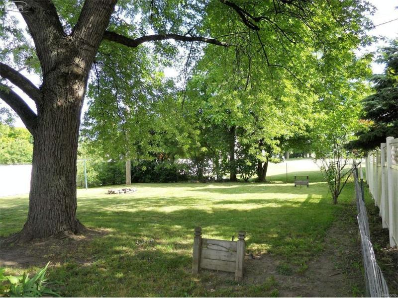 9368 W Sanilac Rd,  Reese, MI 48757 by Remax Prime Properties $74,900