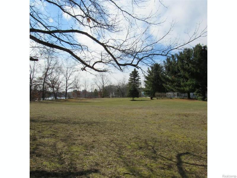 6488  Linden Rd,  Fenton, MI 48430 by Burrell Real Estate Inc. $499,999