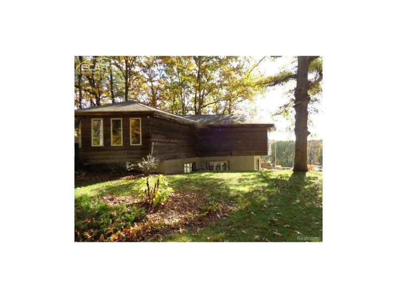 12260 N Seymour Rd,  Montrose, MI 48457 by Independent Realty Inc. $289,000