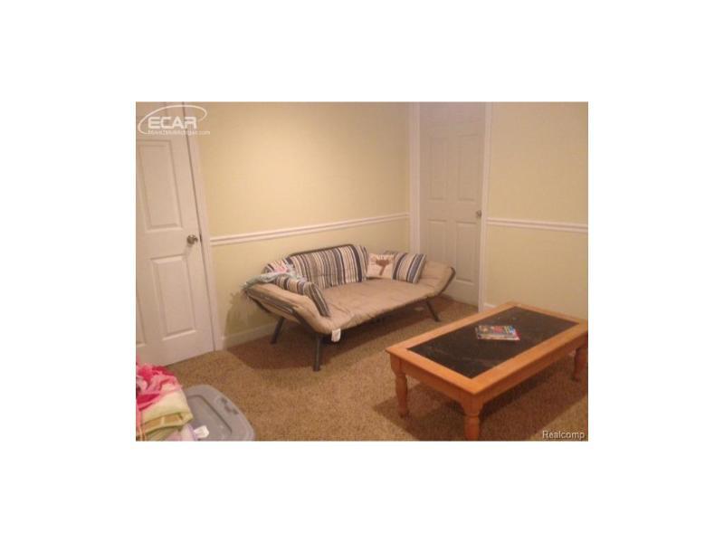 5374  Old Franklin Rd,  Grand Blanc, MI 48439 by Berkshire Hathaway Homeservices Michigan Real Esta $137,500
