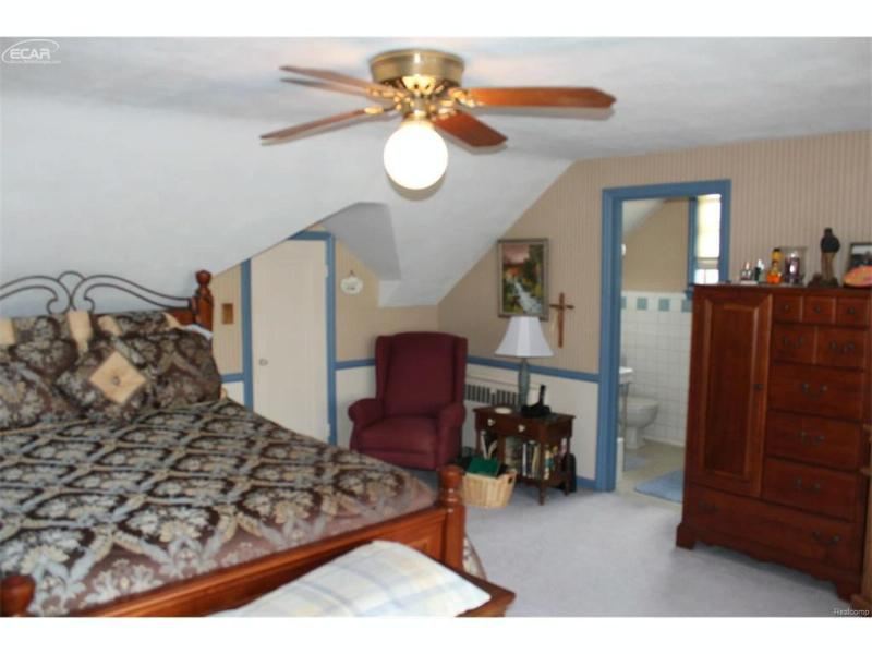 ,   by Real Living Tremaine Real Estate.com