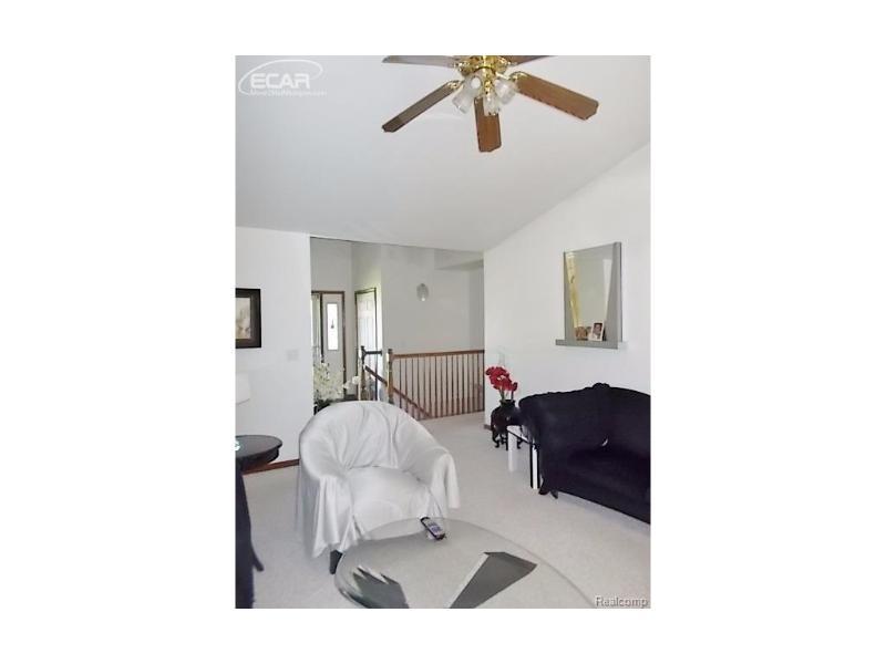 480 Primrose Lane Flushing, MI 48433 by Remax Town & Country $145,000