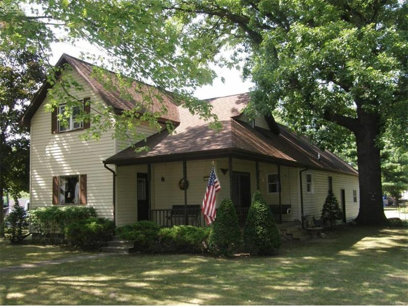 9451  Ash St,  New Lothrop, MI 48460 by Remax Tri County $94,500