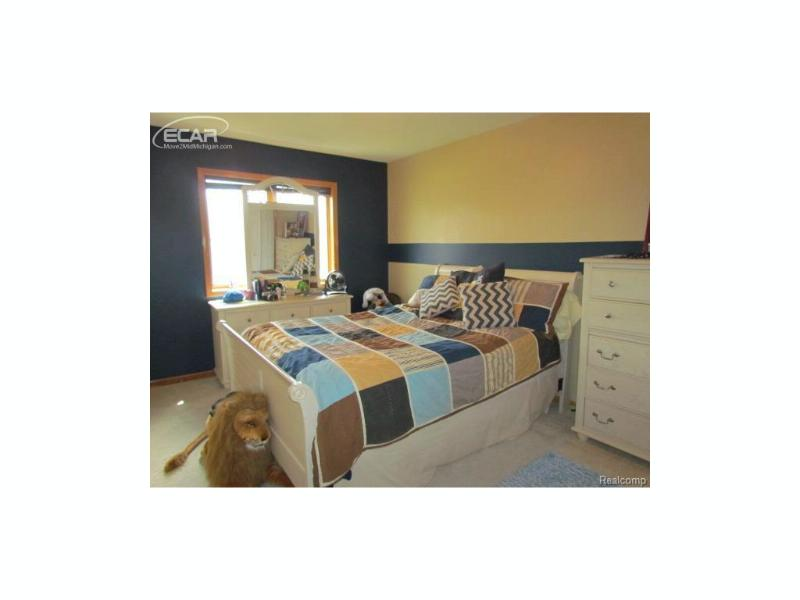 2319  Marlene Dr,  Swartz Creek, MI 48473 by Keller Williams Realty $169,412