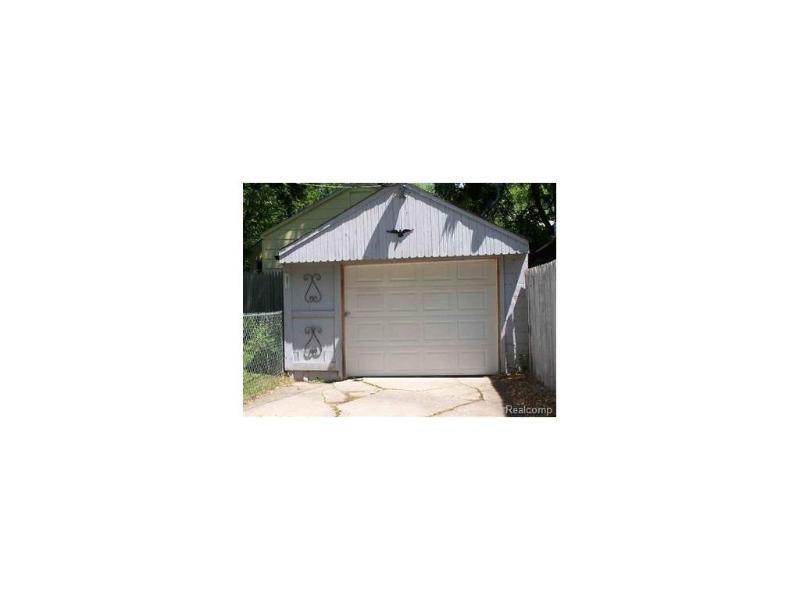 1123  Stocker Ave,  Flint, MI 48503 by Keller Williams Realty $15,000