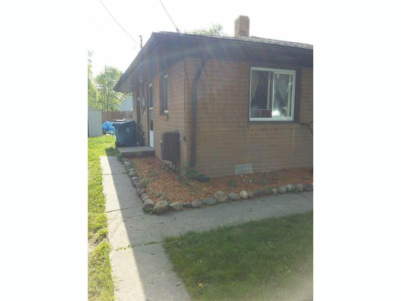 175  Washington,  Montrose, MI 48457 by White Oaks Realty Llc $44,900