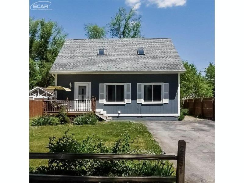 2851  Cloverdale,  Highland, MI 48356 by Remax Platinum Fenton $139,900
