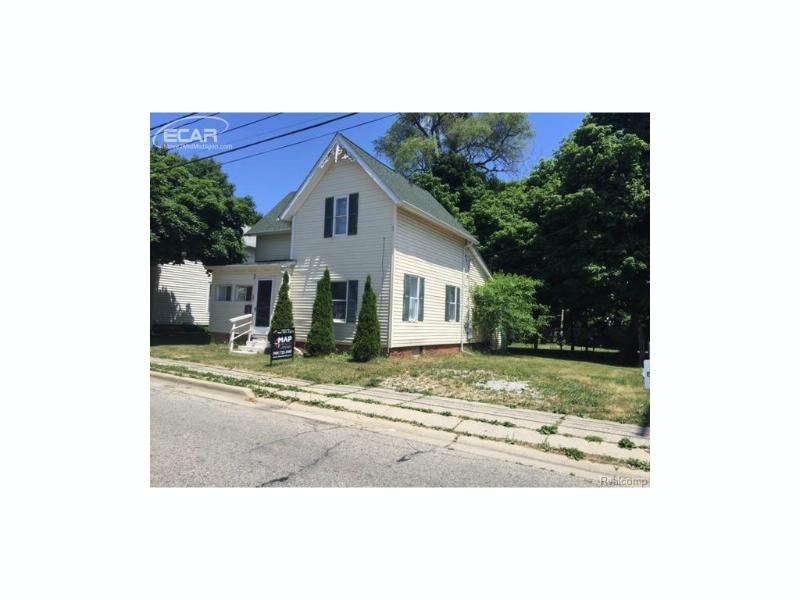 107 S Hickory St,  Owosso, MI 48867 by Map Realty Llc $54,900