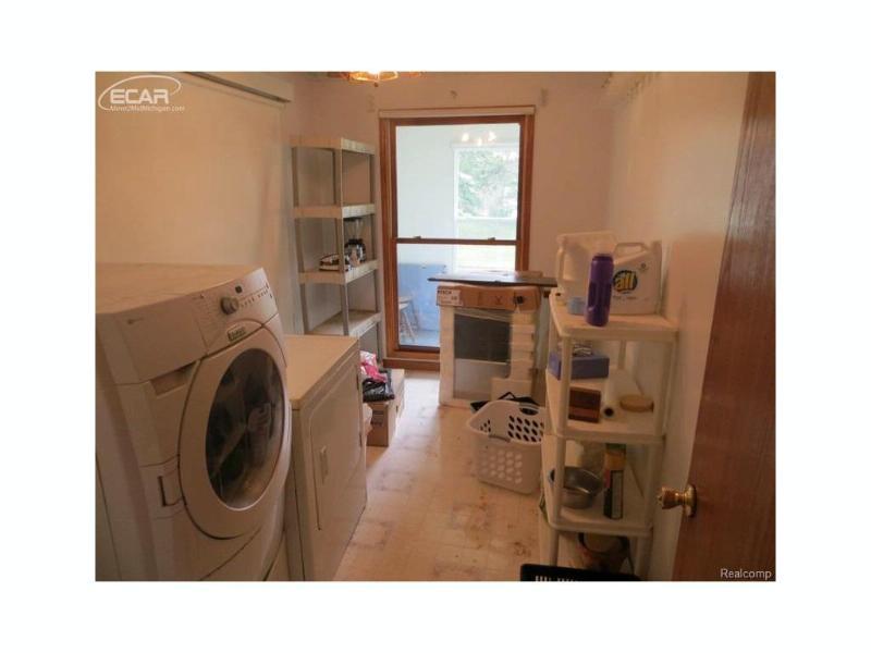2425  Whitemore Pl,  Saginaw, MI 48602 by Century 21 Metro Brokers $47,700