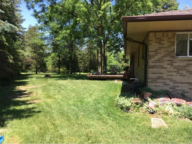 1125  Carter Dr,  Flint, MI 48532 by Remax Select $109,900