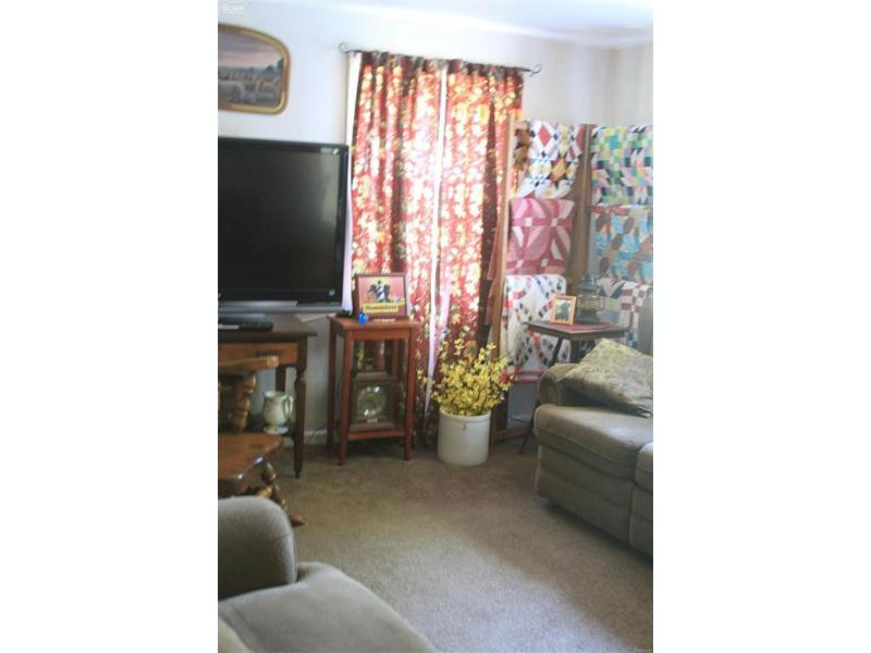 3322 S Kearsley Boulevard Flint, MI 48506 by Century 21 Metro Brokers $127,400