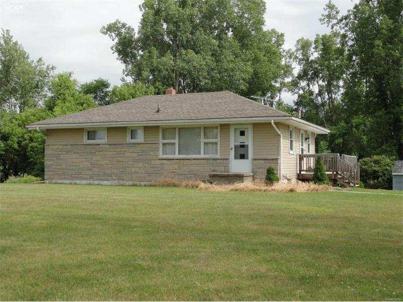 10411  Bennington Rd,  Laingsburg, MI 48848 by Burrell Real Estate $119,900