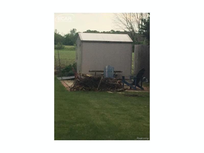 3129 Pierce Rd Kochville Township, MI 48604 by Map Realty Llc $99,900