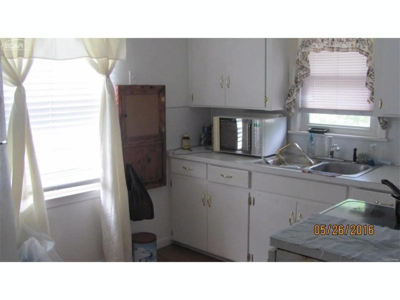 2308  Miller Rd,  Flint, MI 48503 by Remax Grande $29,900