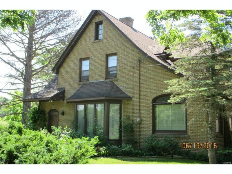 5275  Beecher Rd,  Flint, MI 48532 by Century 21 Woodland Realty $74,900