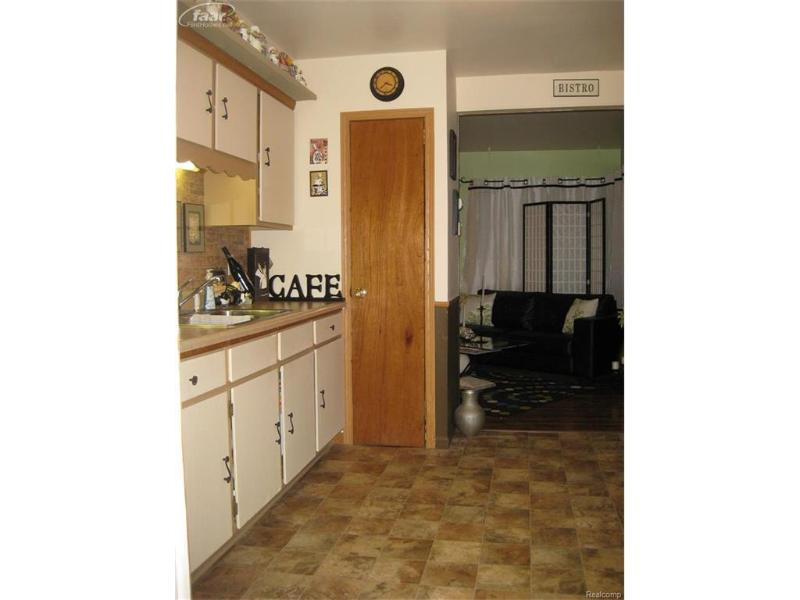3301 Branch Road Flint, MI 48506 by Century 21 Woodland Realty $22,000