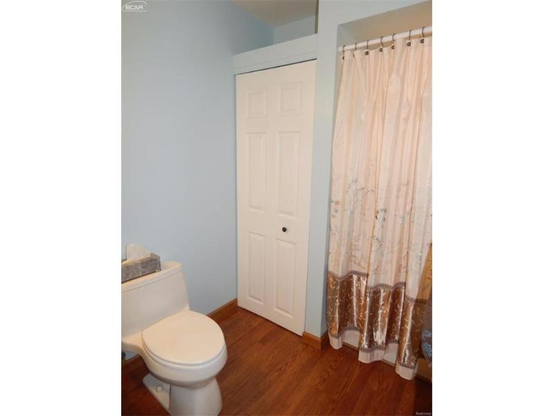 Flushing, MI 48433 by Remax Town & Country $199,900