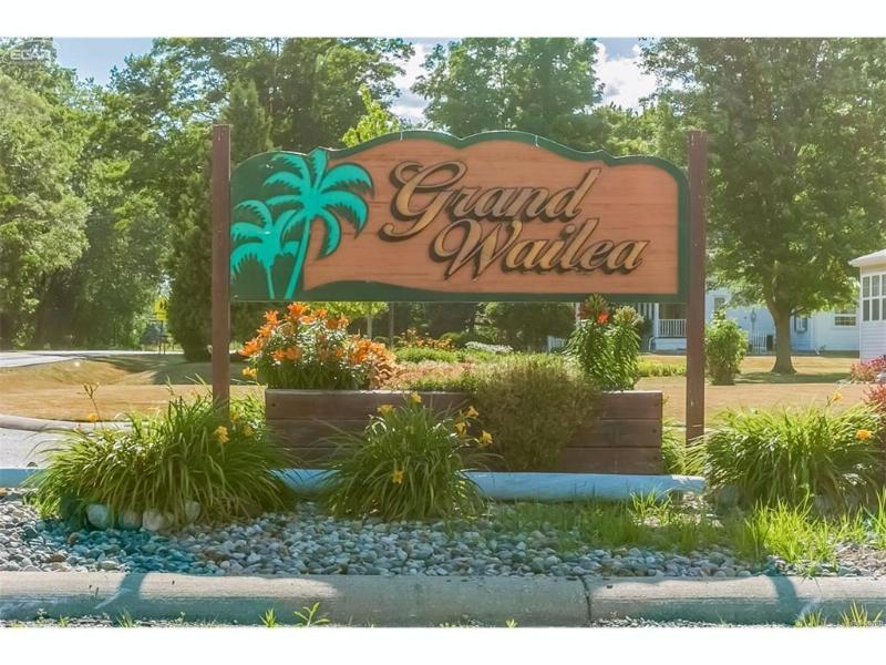 6525  Wailea Dr,  Grand Blanc, MI 48439 by Remax Platinum Fenton $199,900