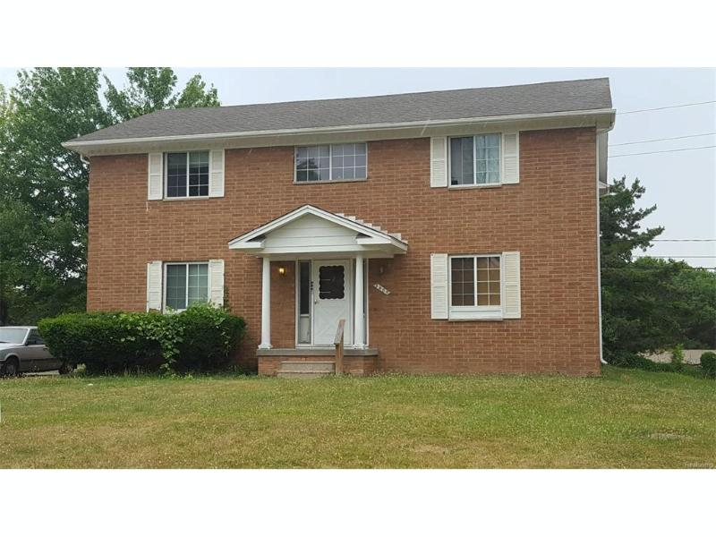 3485  Ridgecliffe Dr,  Flint, MI 48532 by Century 21 Woodland Realty $64,900