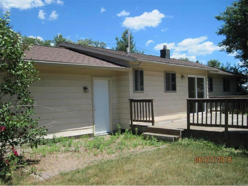 5161  Monticello Dr,  Swartz Creek, MI 48473 by Greg Dean Real Estate $94,500