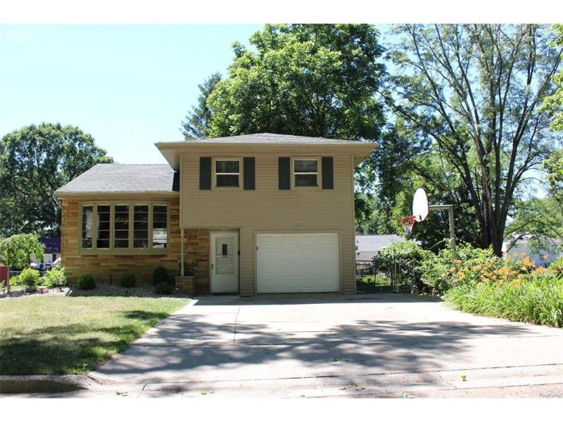 11863  Highland St,  Mt. Morris, MI 48458 by Remax Right Choice $87,500