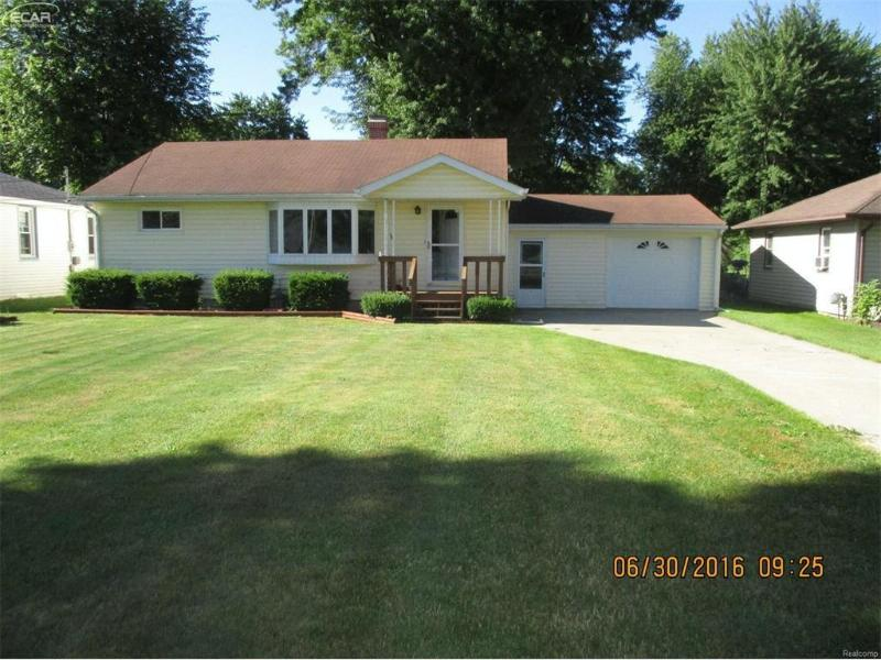 4694  King Rd,  Saginaw, MI 48601 by Pinnacle Realty $59,900