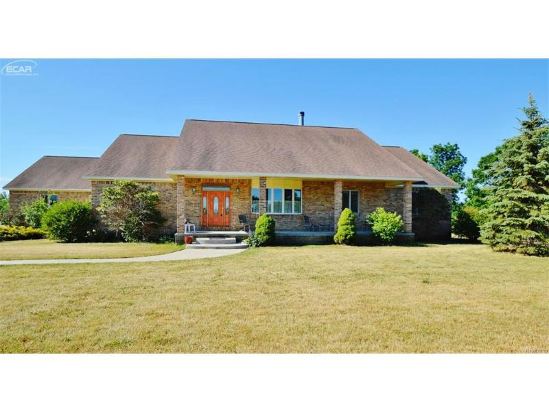 8517  Lennon Rd,  Swartz Creek, MI 48473 by Remax Grande $349,900