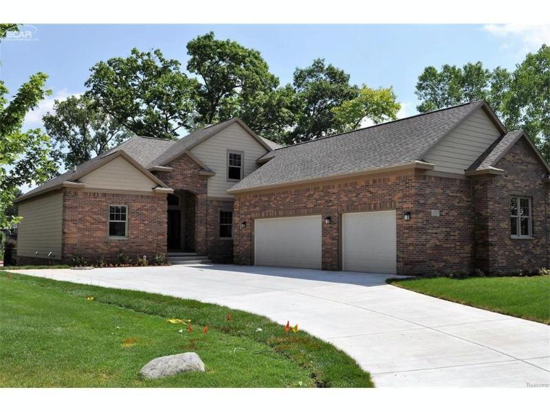 4208 Bay Shores Drive Waterford Township, MI 48329 by Changingstreets.com $599,900