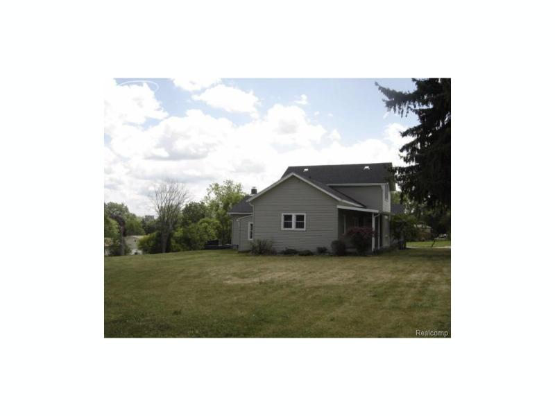 4184  Beecher Rd,  Flint, MI 48532 by Remax Select $84,900