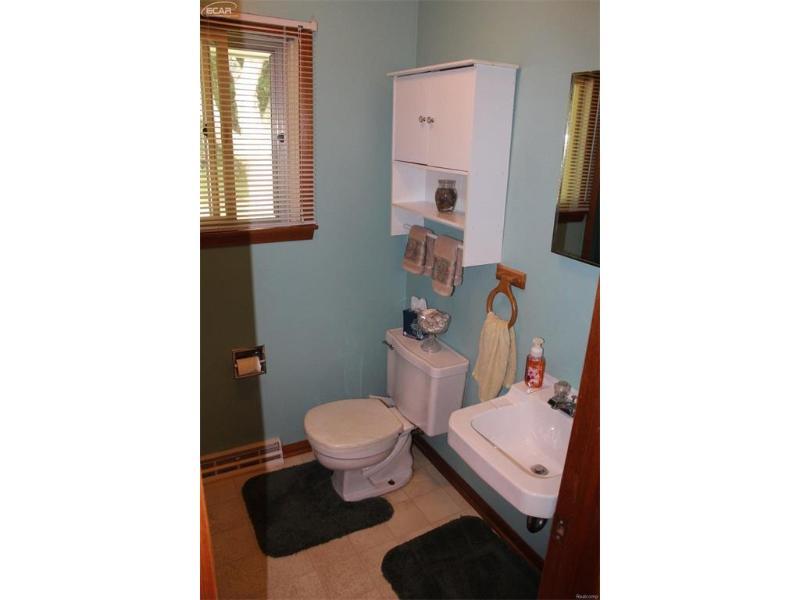 3210 S Towerline Rd,  Bridgeport, MI 48722 by Bomic Real Estate $99,900