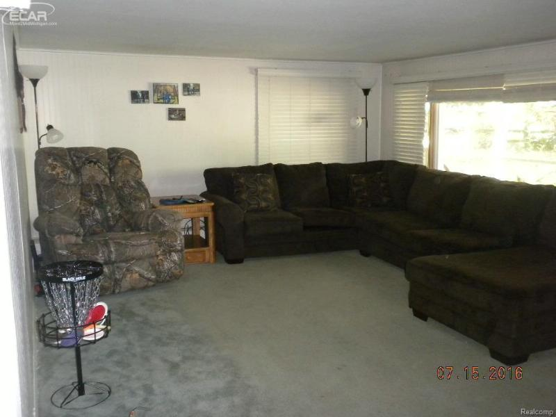5835  Fort Rd,  Saginaw, MI 48601 by Area Wide Real Estate $68,900