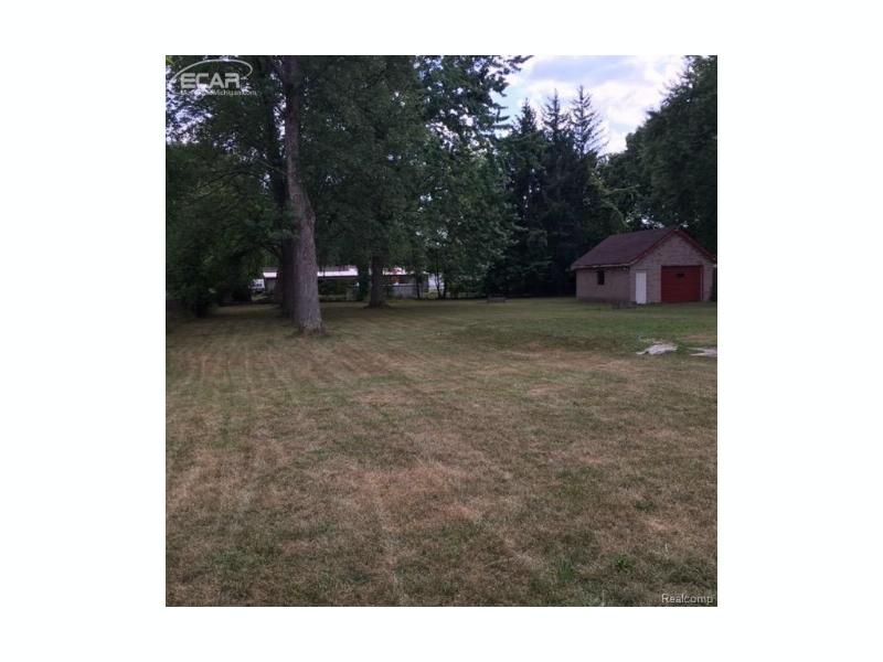 5315  Northway Dr,  Swartz Creek, MI 48473 by Century 21 Woodland Realty $89,900