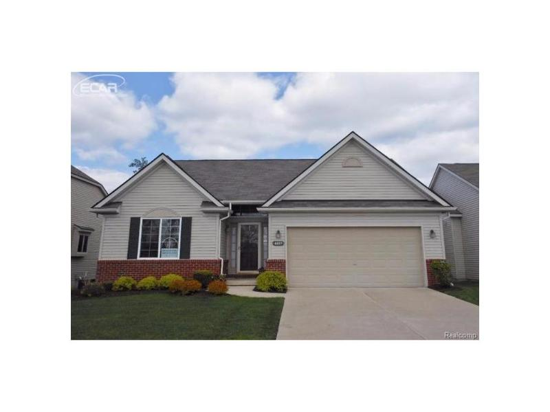 4485  Crimson Ct,  Grand Blanc, MI 48439 by Remax Real Estate Team $214,900