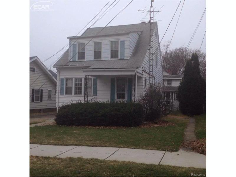 1124  Boston Ave Flint, MI 48503 by Real Living Tremaine Real Estate.com $550