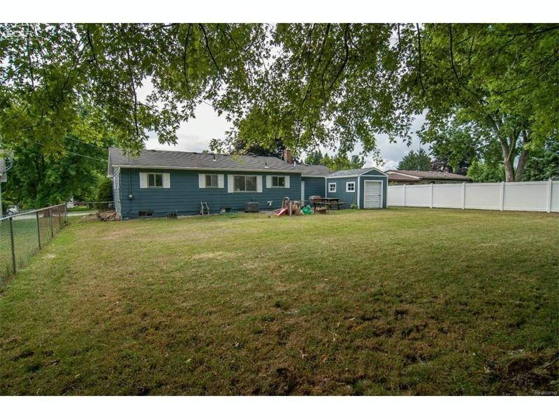153  Willards Way,  White Lake, MI 48386 by Piper Realty Company $158,900