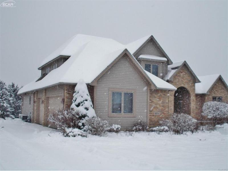 3376 Ambleside Drive Flushing, MI 48433 by Remax Town & Country $319,900