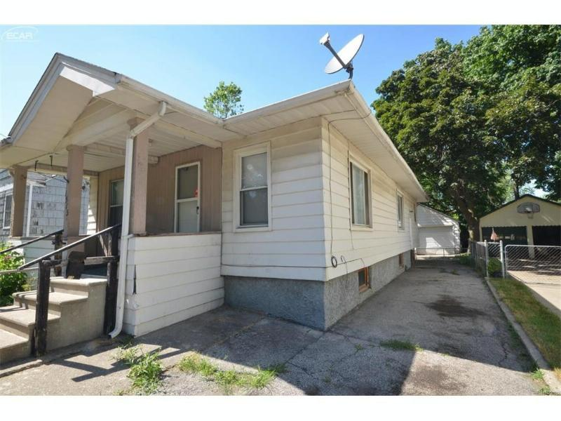 1513  Illinois Ave,  Flint, MI 48506 by Remax Select $495