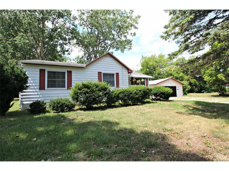 2124  Bernice Ave,  Flint, MI 48532 by Lucy Ham Group Inc $66,400