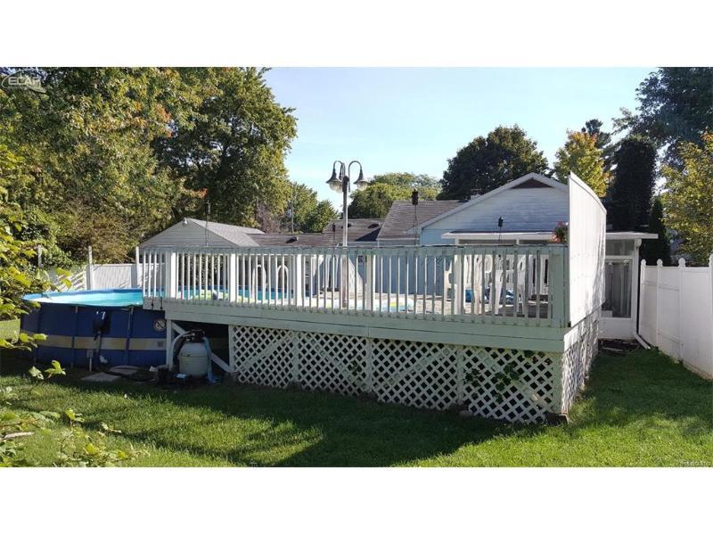 3293 S Kearsley Boulevard Flint, MI 48506 by Remax Real Estate Team $79,900