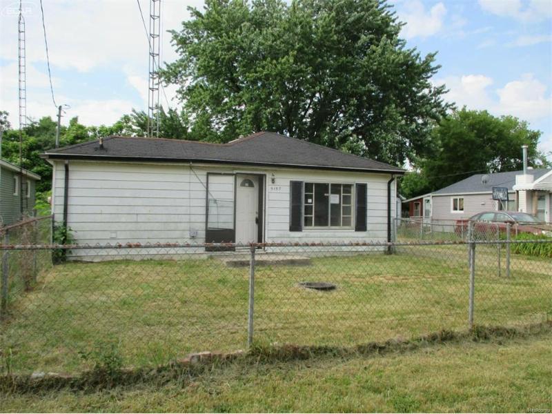 5157  Brobeck St,  Flint, MI 48532 by Inca Realty Llc $8,550