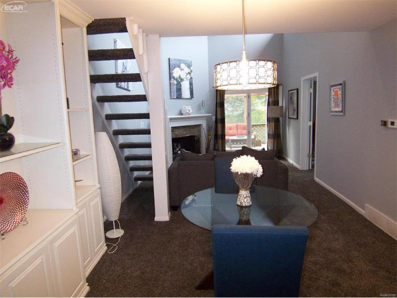 1454 Beaumont Circle Flushing, MI 48433 by Century 21 Woodland Realty $117,500
