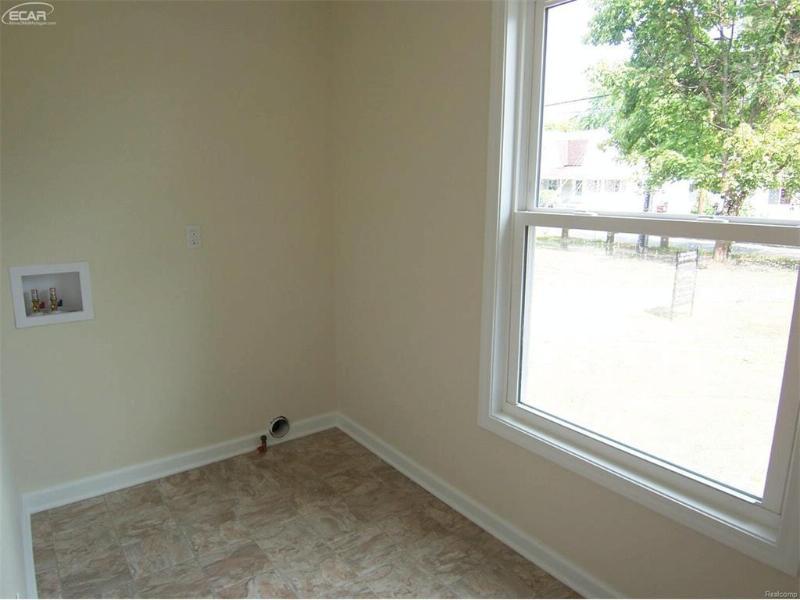 5070 Morrish Road Swartz Creek, MI 48473 by Century 21 Woodland Realty $149,900